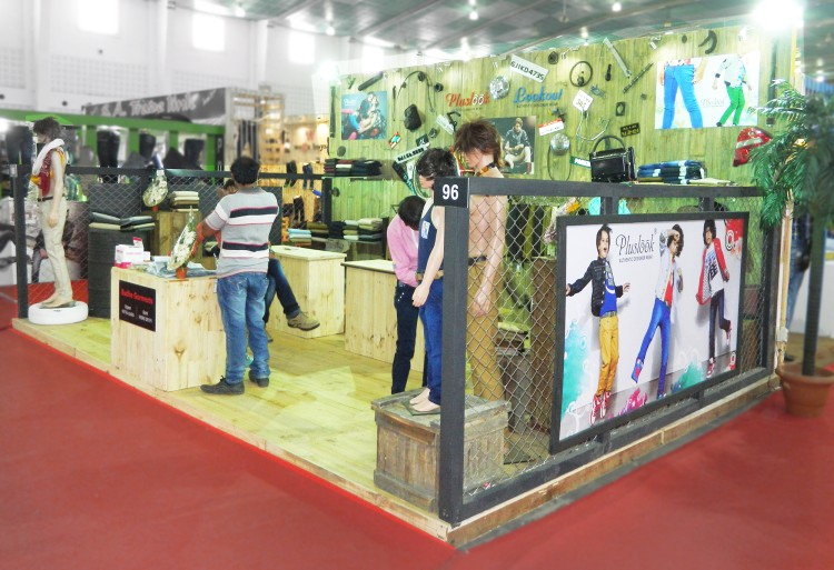 Garment Exhibition Stall : Radhe garment ggam